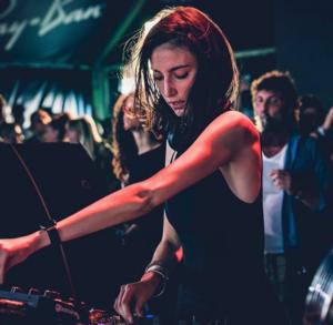 Amelie Lens es una de lasmejores DJs de techno del panorama actual