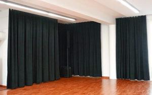 Aislar el ruido exteriro con cortinas