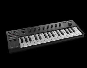 Teclado MIDI marca Native Instruments