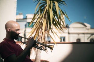 Trompetista de jazz Pol Omedes.