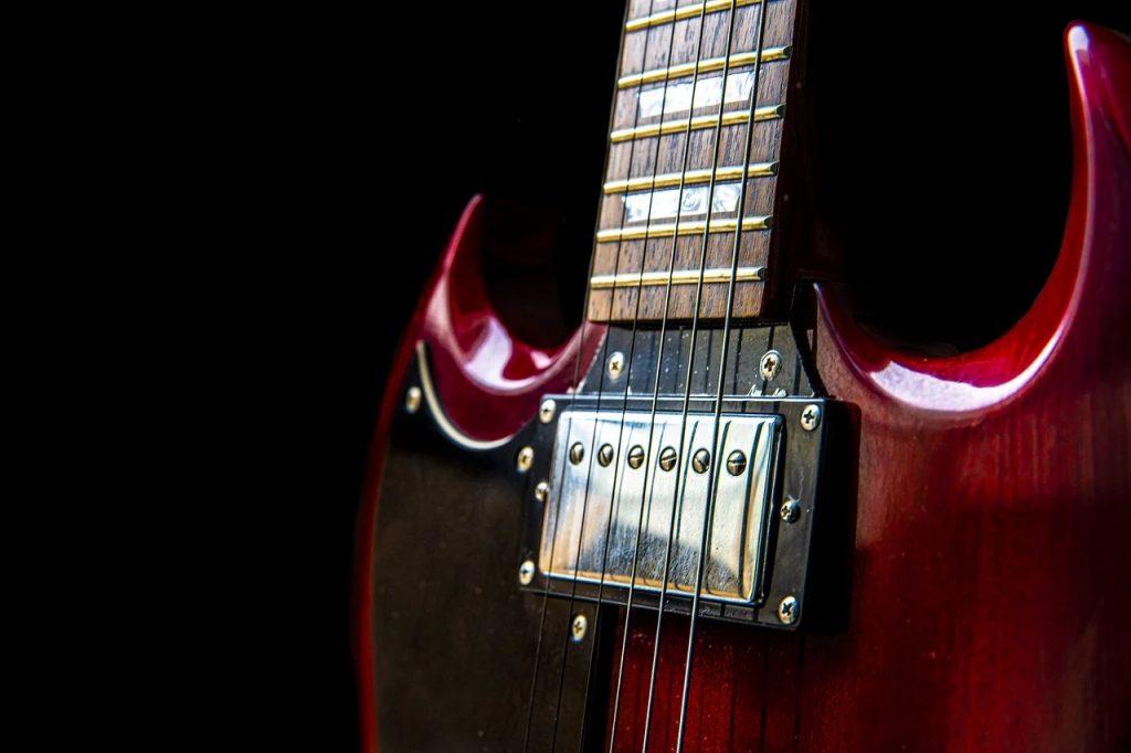 Cuandoi cambiamos las cuerdas de una guitarra