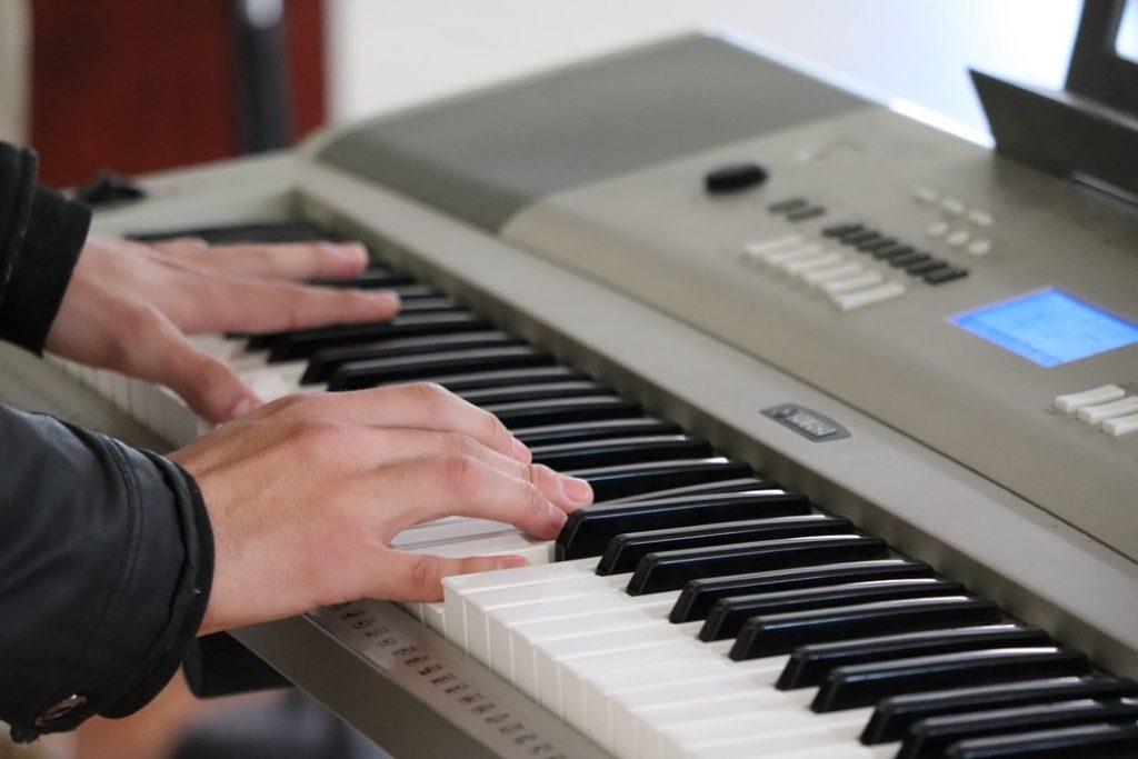 Piano digital segunda mano