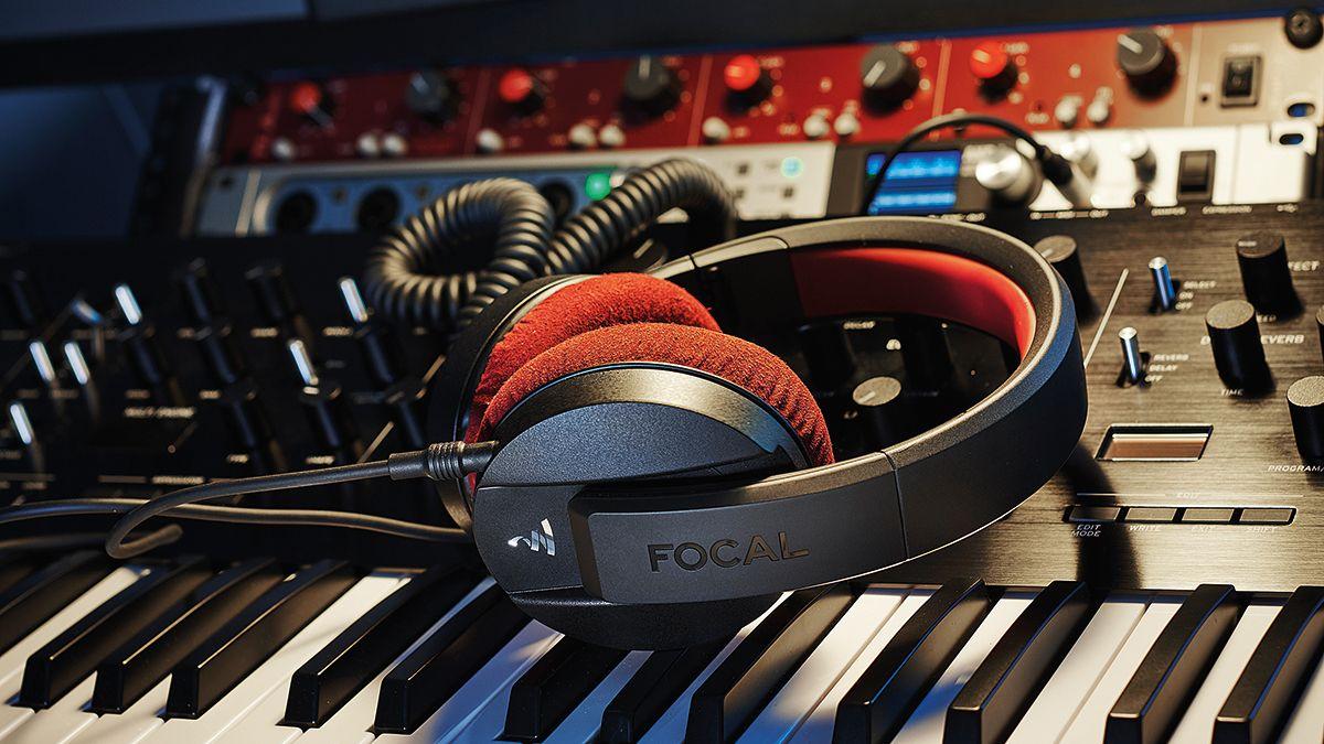 over ear headphones monitoring
